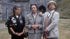Sylvester McCoy and Sophie Aldred with Queen Elizabeth II lookalike Mary Reynolds in Doctor Who: Silver Nemesis
