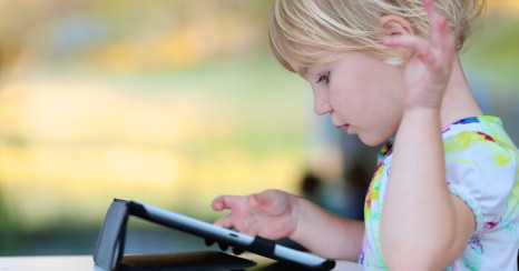 Toddlers and tablets: ten first steps